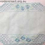 Acqua Hardanger with 3 Flowers