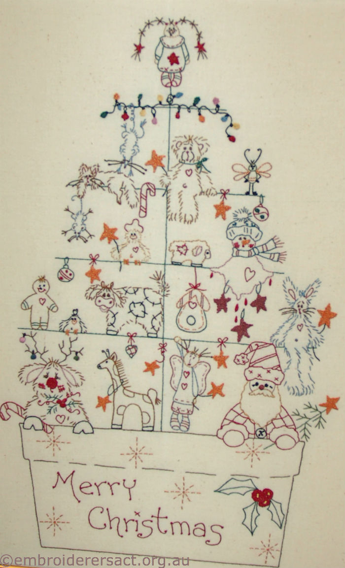 Xmas tree stitchery Marion Hendy