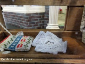 Crafty Tadpole Dollhouse 13 by Doreen McGregor