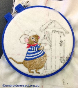Lesley Fusinato - French mouse in hoop