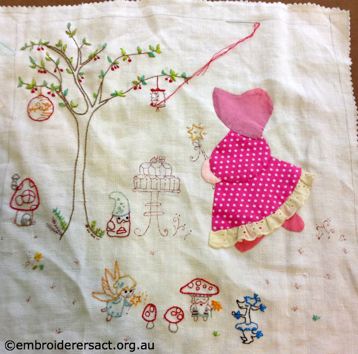 Sunbonnet Sue Quilt Block by Mary Donohue – Embroiderers' Guild ACT : sunbonnet sue quilt blocks - Adamdwight.com