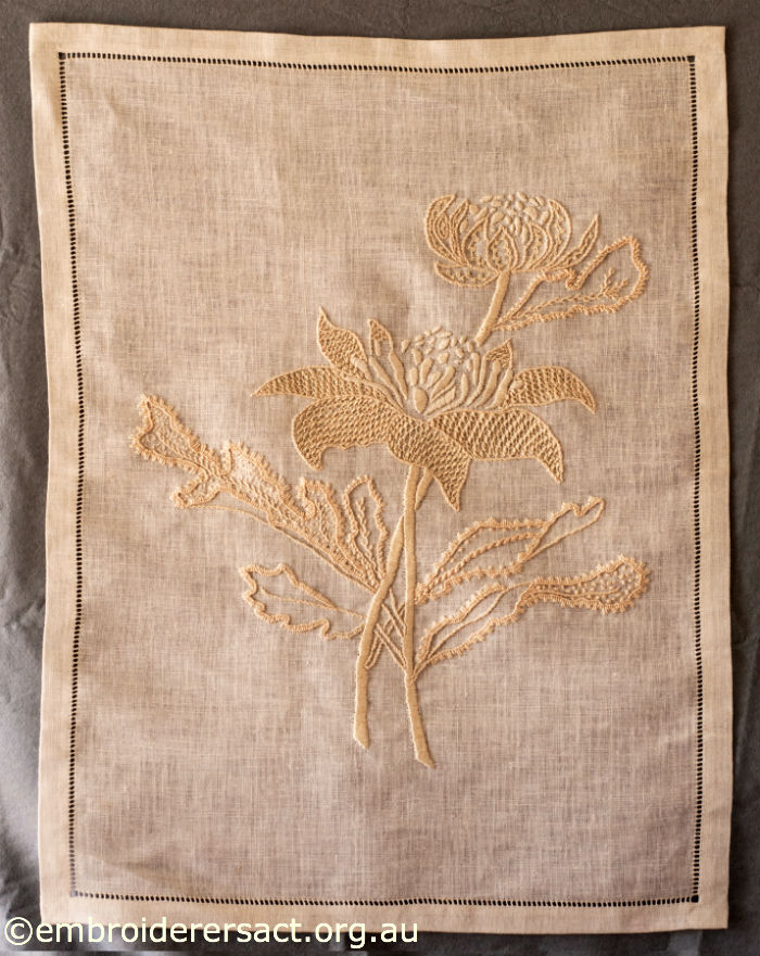 Laced Herringbone Stitch – Embroiderers' Guild ACT