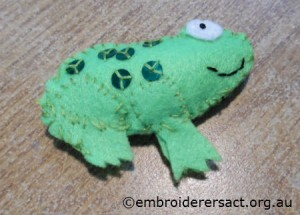 Feltie frog by Sam