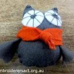 Owl feltie with scarf